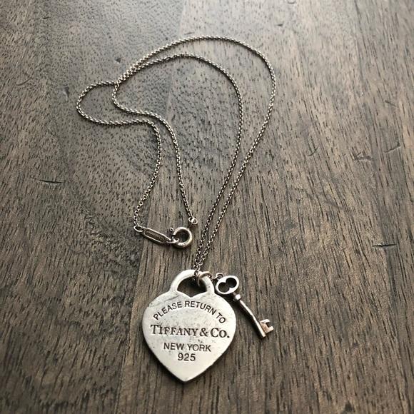 e23f79ee30b9 Tiffany   Co Heart Tag with Key Pendant. M 5c2fab31aa571931ecfdaa8f